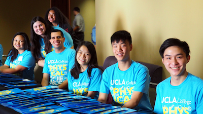 Peer leaders from Physical Sciences departments ready to welcome first-year students at the 2018 Physical Sciences new student welcome event.
