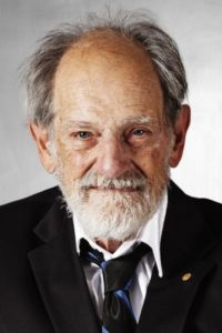 A color photo of Lloyd Shapley, Nobel Prize winner in economics and professor at UCLA.